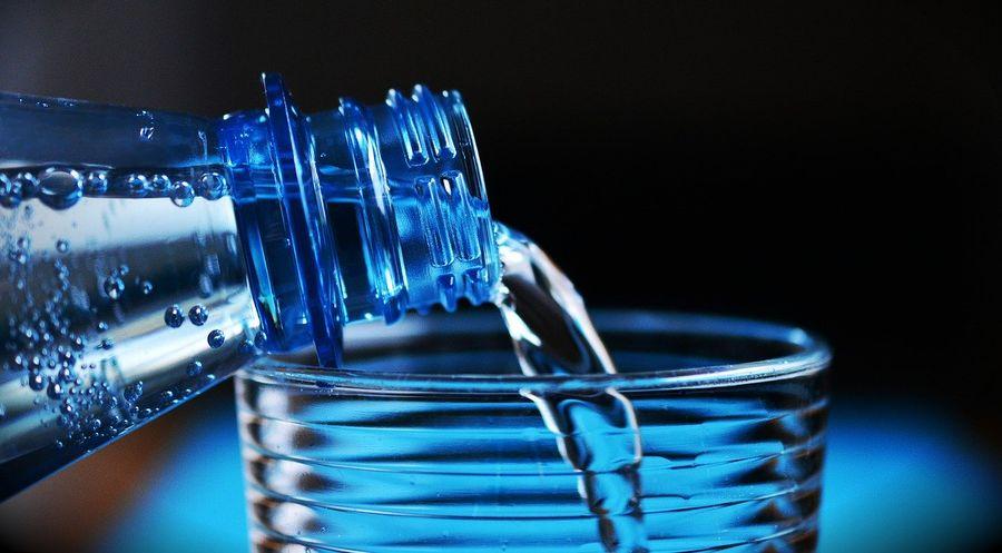 Nawilżenie skóry woda