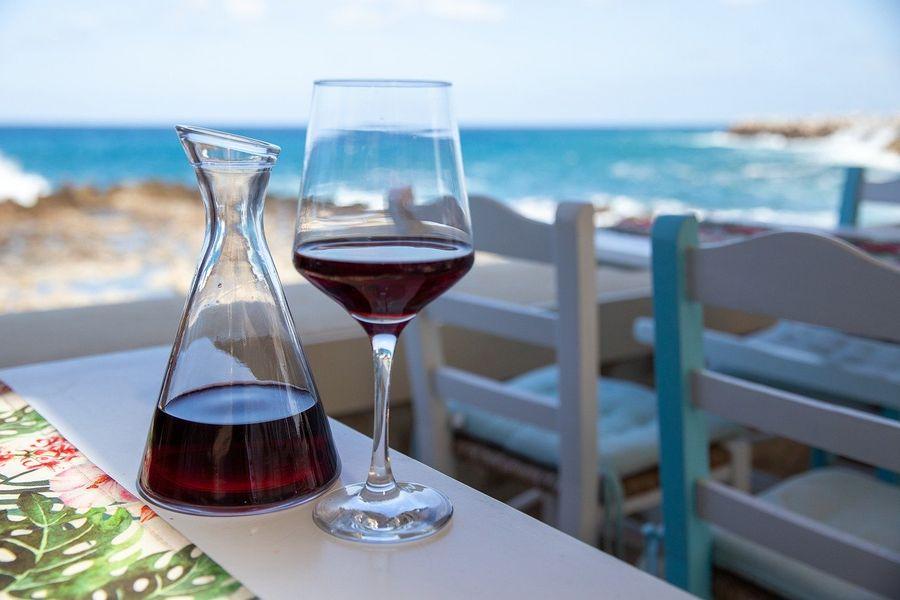 Wino w Gruzji gesty wakacyjne